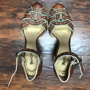 Paco Gil Tan and Turquoise Leather Heels Sz 8